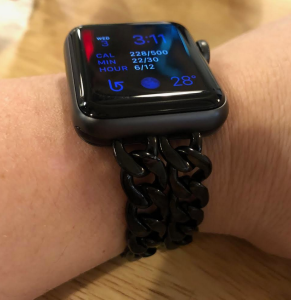 Apple Watch Series 3 chain band