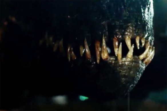 jurassic-world-fallen-kingdom-teeth
